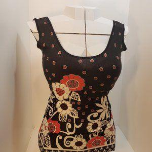 """2/$20 """"Spin"""" Designer Pattern Black Red Top"""